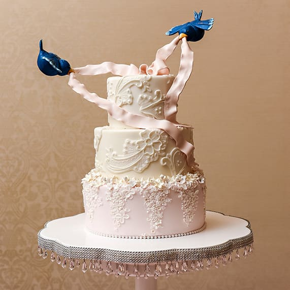 Cinderella Wedding Theme Ideas: Wedding Cake Wednesday: Cinderella's Pastry