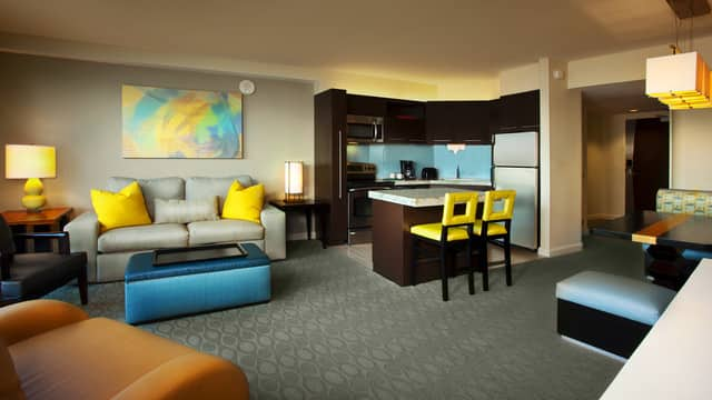 rooms points bay lake tower at disney s contemporary
