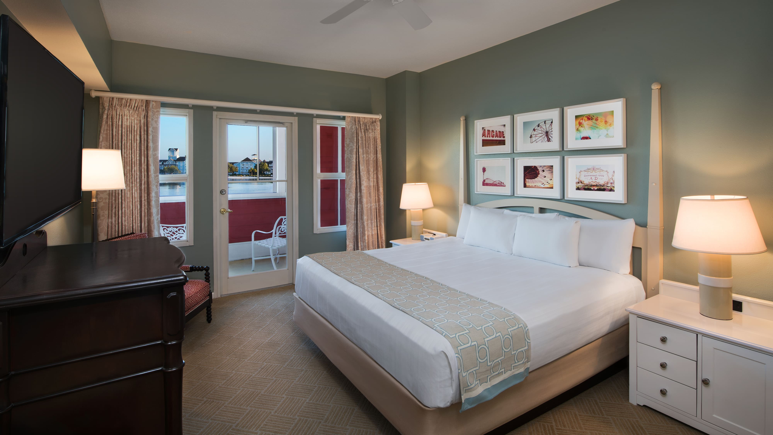 Rooms Amp Points Disney S Boardwalk Villas Disney